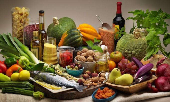 อาหารคลีน อาหารเพื่อสุขภาพที่เหมะสำหรับทุกคน