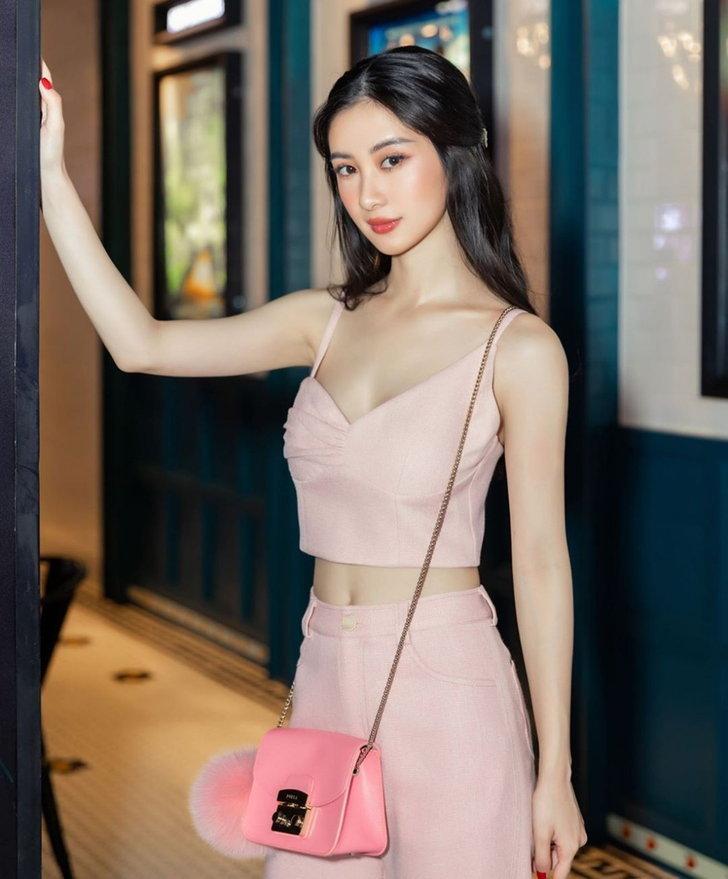 จูน วู สาวเซ็กซี่
